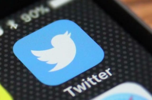 Twitter cierra cuentas que estaban a favor de AMLO