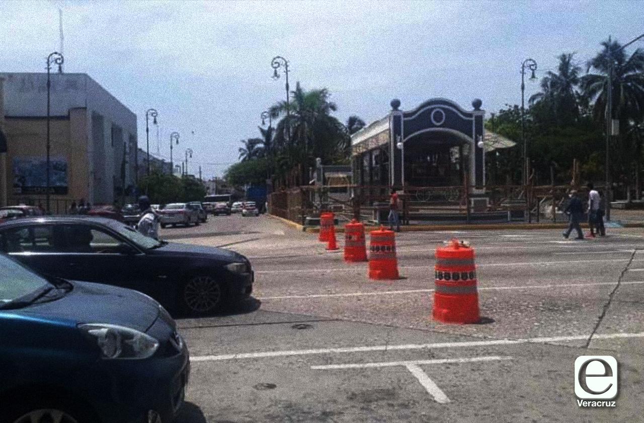 Con retraso de dos días, cierran calles céntricas del Puerto