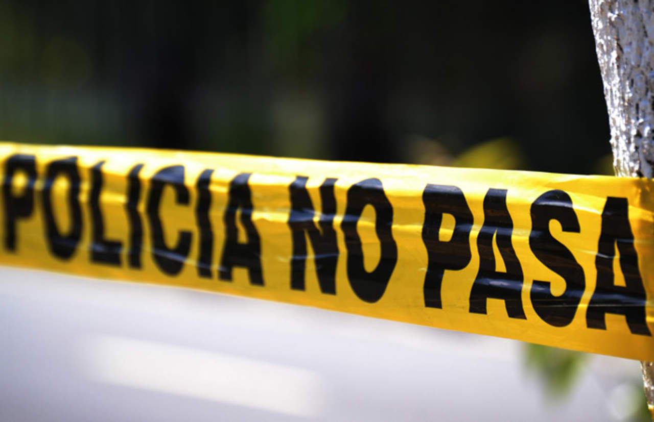 Abandonan 3 cuerpos ejecutados en terracería de Tihuatlán