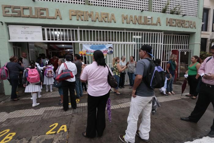 Regreso a clases en Veracruz, entre protestas y toma de escuelas
