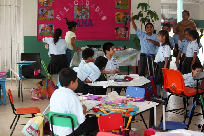 El gasto educativo, millonario paso por las aulas