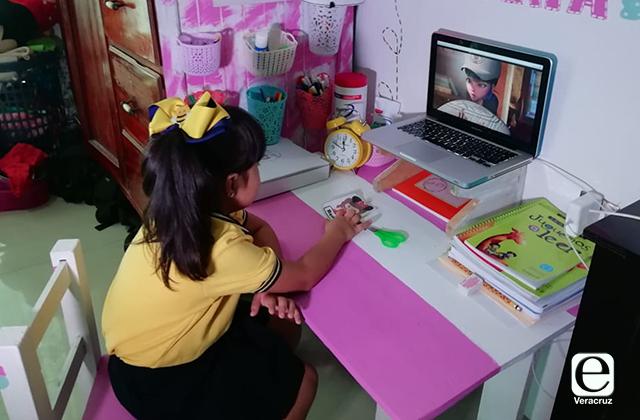 ¿Cómo sintonizar clases en radio y TV en Veracruz? ¡Aquí te explicamos!