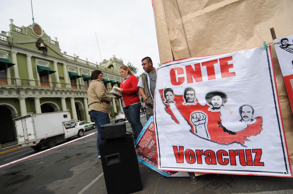 Maestros veracruzanos se suman al paro nacional de la CNTE