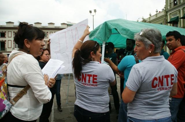 CNTE colecta firmas para modificar o echar abajo la Reforma Educativa