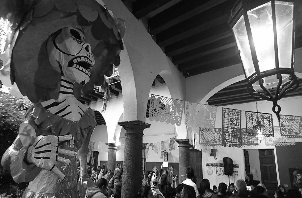 Coatepec suspende festejo de Todos los Santos
