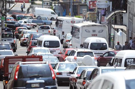 Xalapa, ciudad con mayor número de vehículos