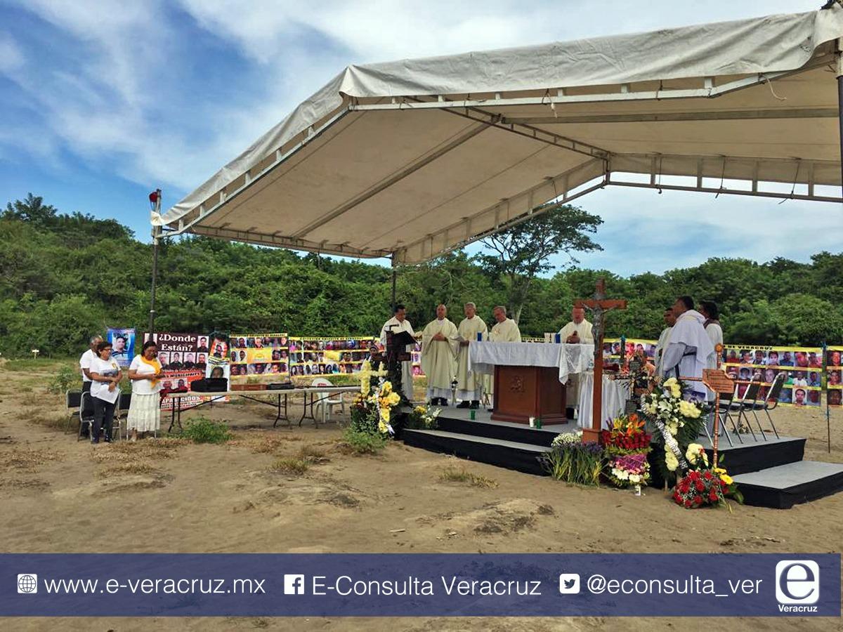 """En """"cierre"""" de Colinas de Santa Fe, colectivo Solecito anuncia que indagará nuevo cementerio"""