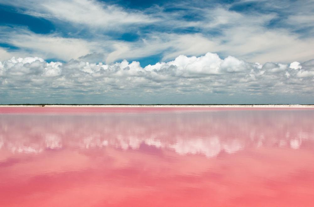 Las Coloradas, los lagos que te robarán un suspiro