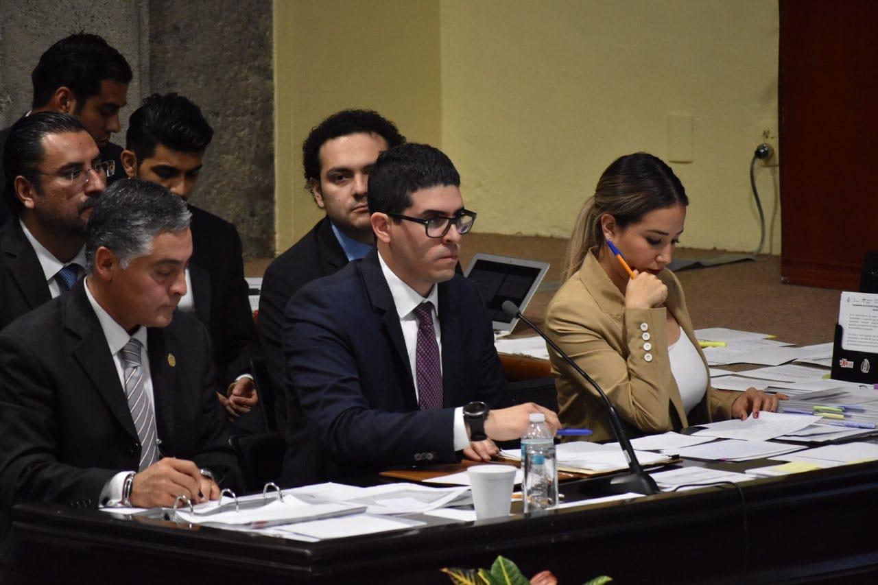 PAN y Morena montan ring en primera comparecencia en Congreso de Veracruz