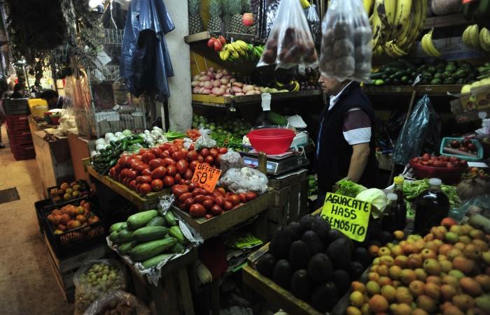 Multas de 15 mil pesos a quien incremente precios de canasta básica
