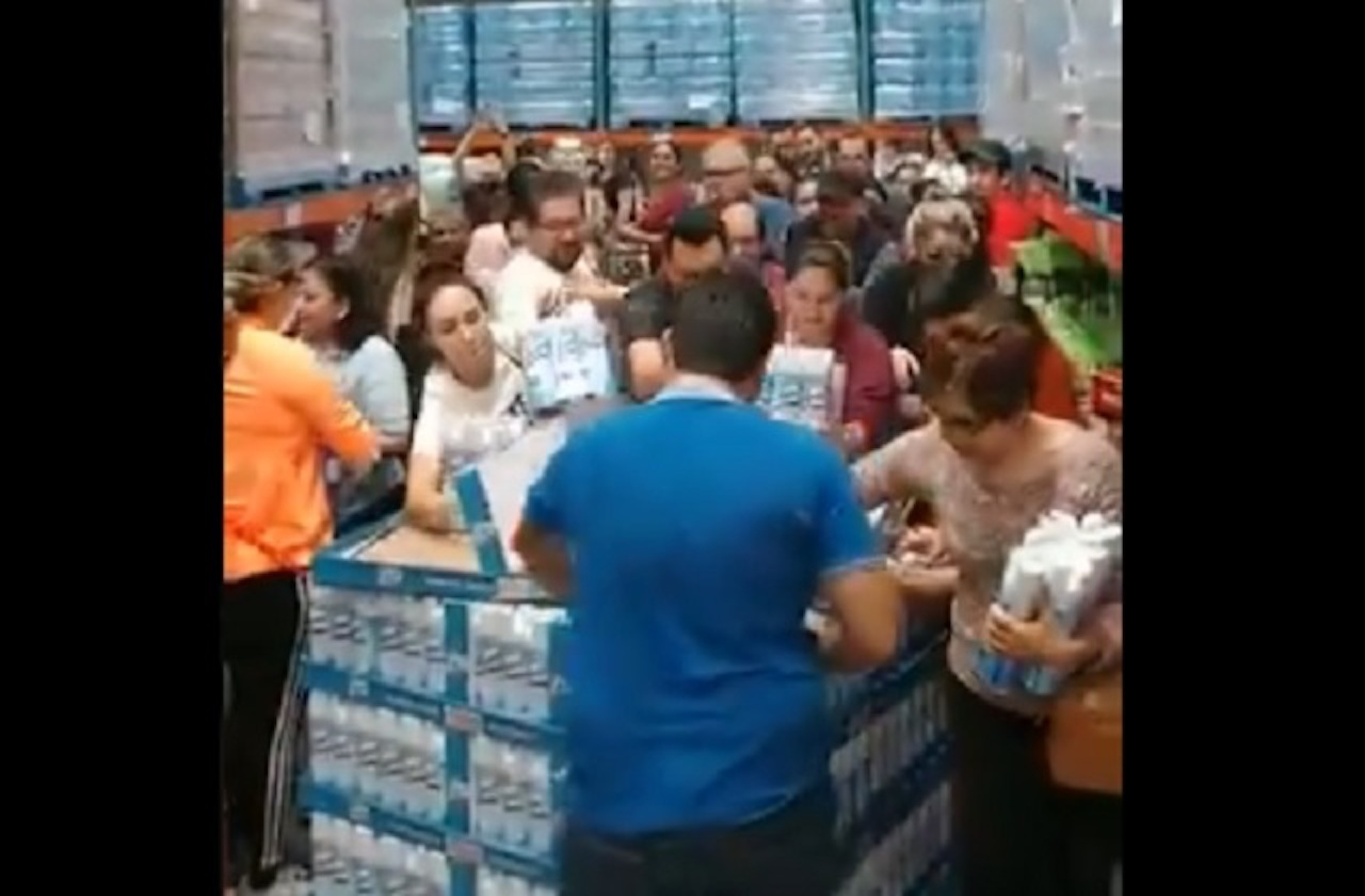 Se desatan compras de pánico por casos de coronavirus en México