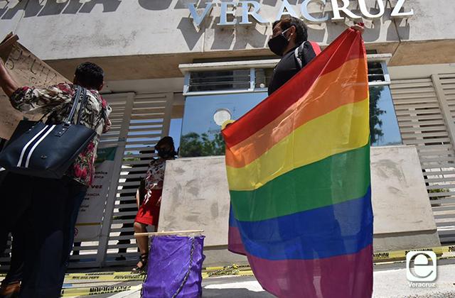Comunidad LGBTTI Veracruz arremete contra Morena