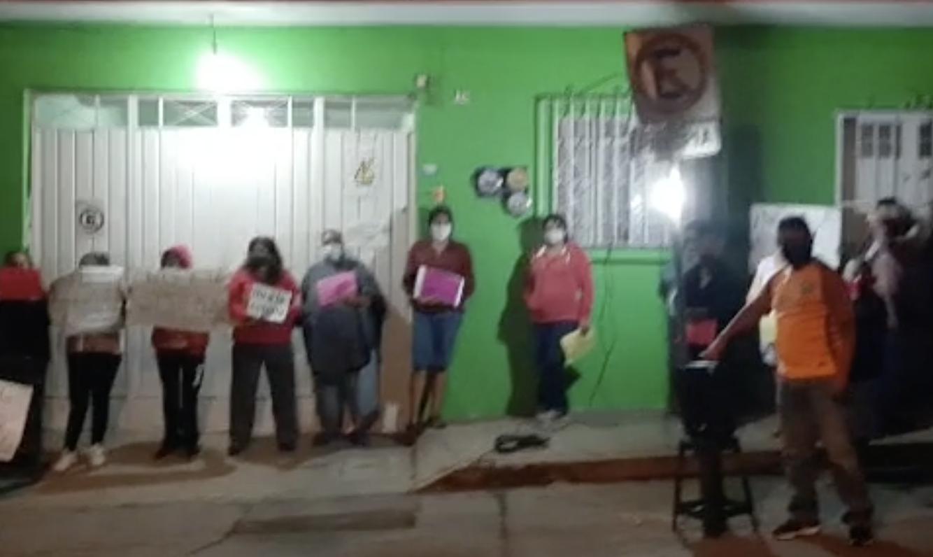 Protestan en Coatepec por instalación de antena de telefonía