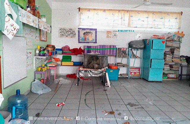 Con saqueos, así el panorama de escuelas en Veracruz tras pandemia