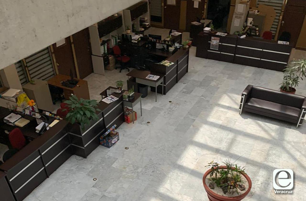 Congreso está vacío, pero PAN y PRD mantienen laborando a sus trabajadores