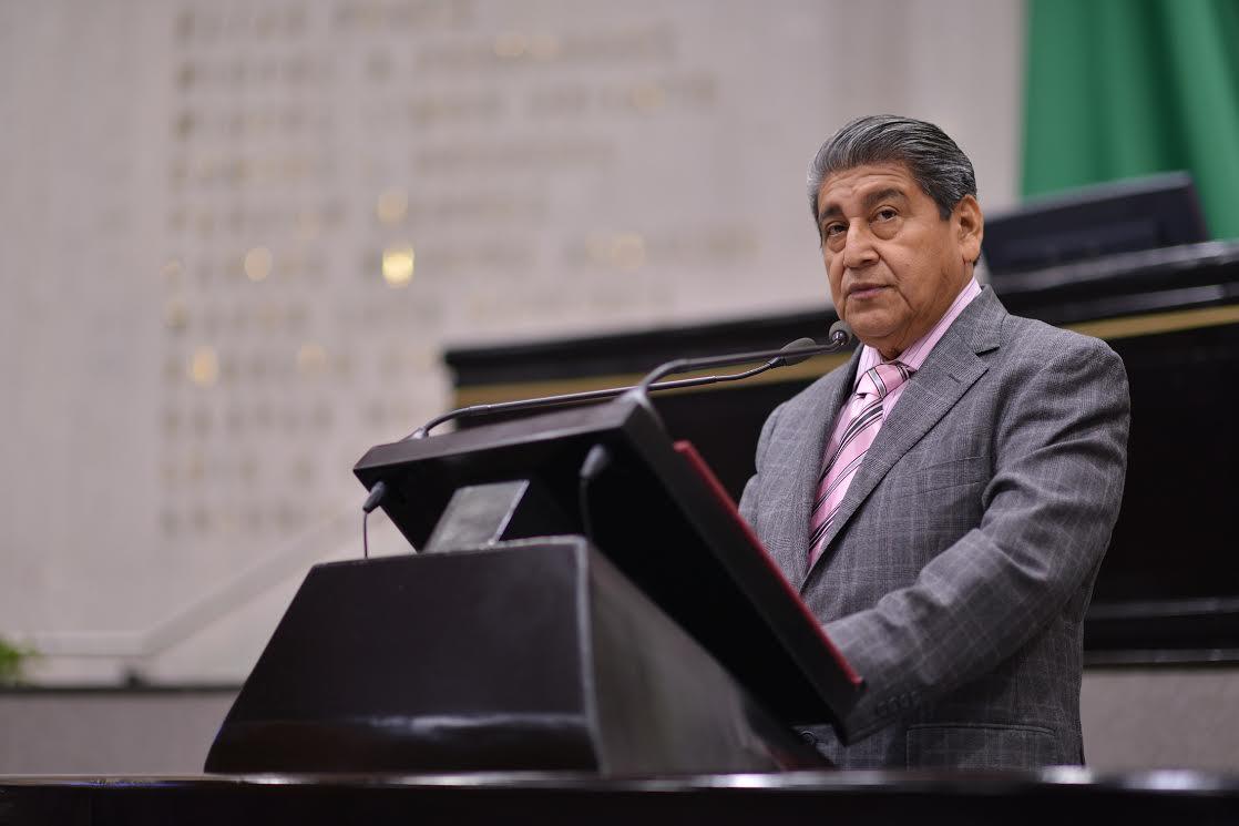 Pide diputado Manuel Francisco rehabilitar centros educativos de Chicontepec