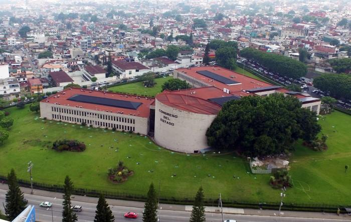 Despedirán a 70 trabajadores del Congreso de Veracruz: Fuentes