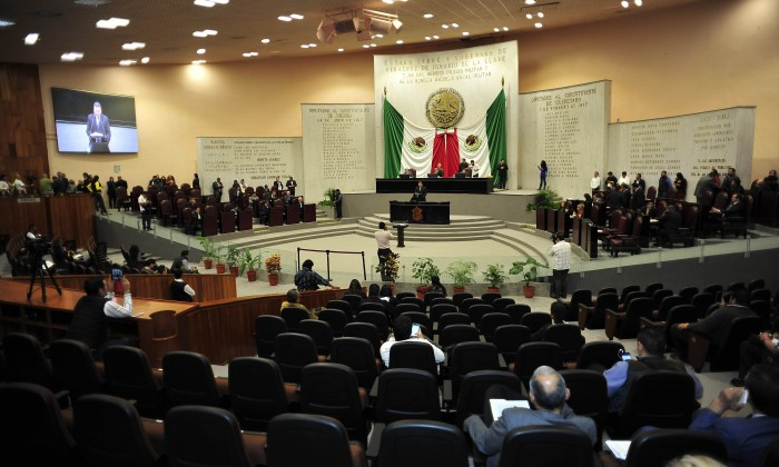 Diputados piden la renuncia de Duarte por investigación de PGR