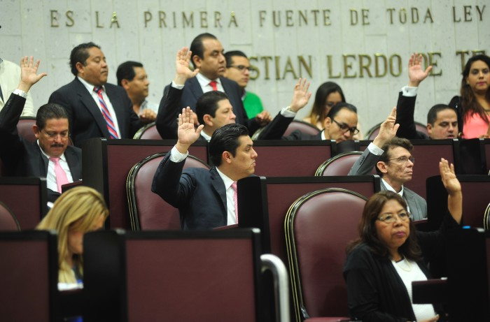 Aprueban Plan Veracruzano de Desarrollo, Morena vota en contra