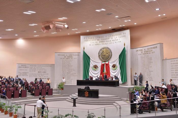 """Congreso de Veracruz audita plantilla laboral en busca de """"aviadores"""""""