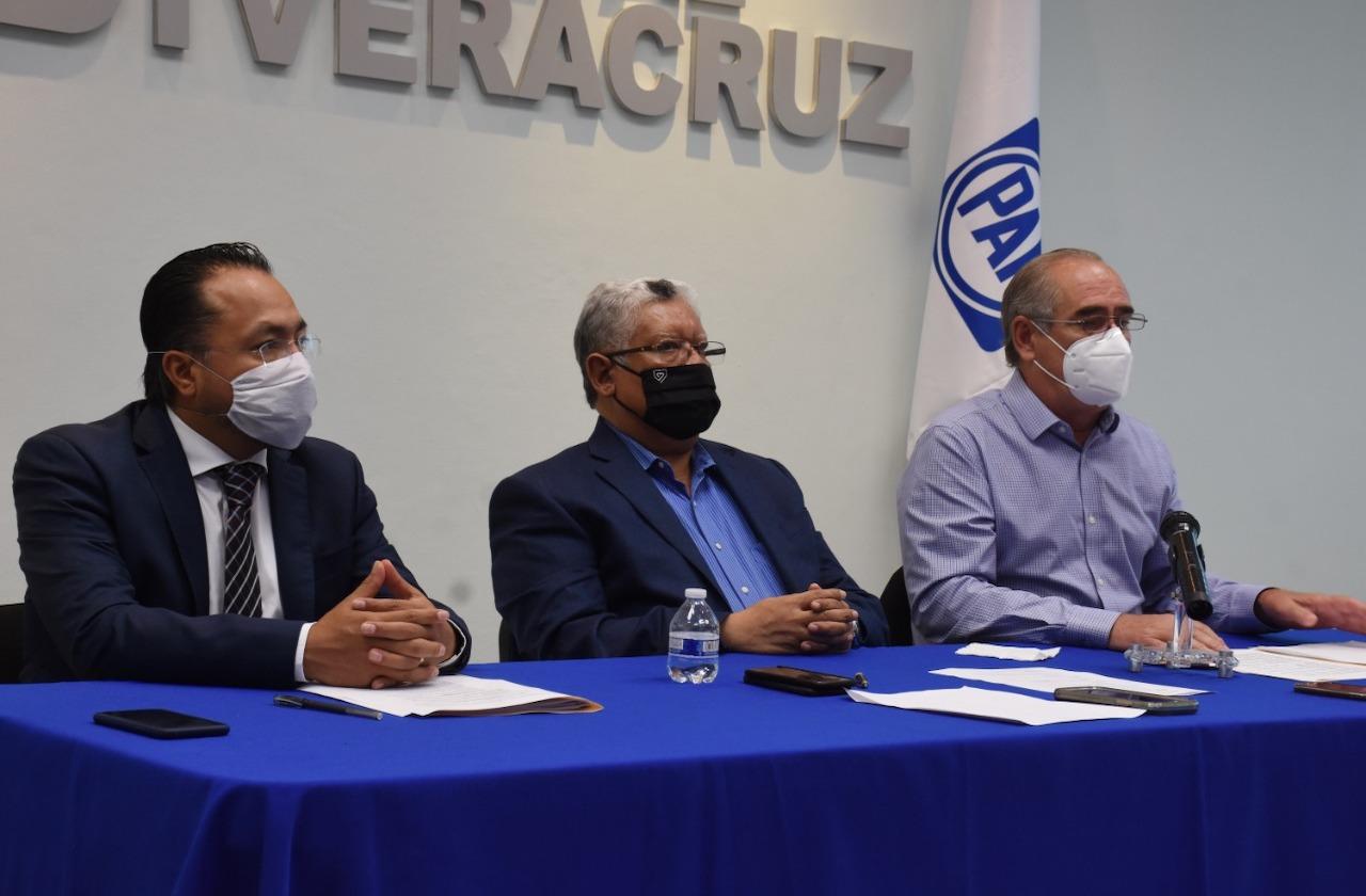 """Congreso de Veracruz """"debe"""" revocación de mandato: PAN"""