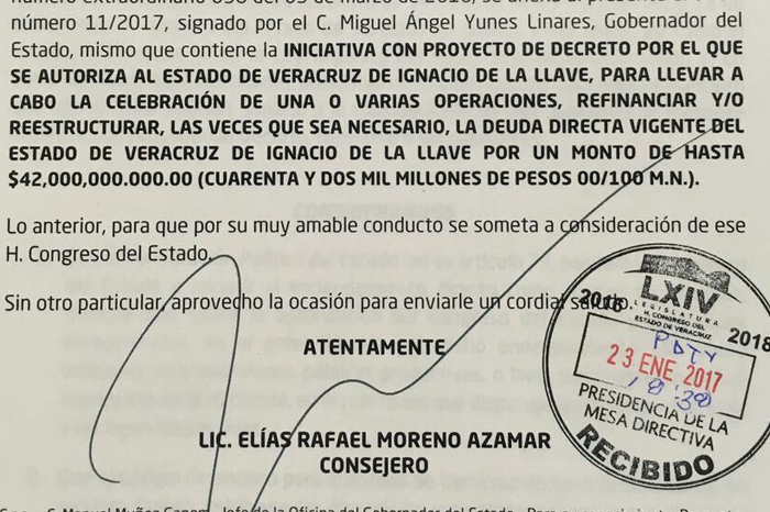 Yunes pide a Congreso reestructurar deuda