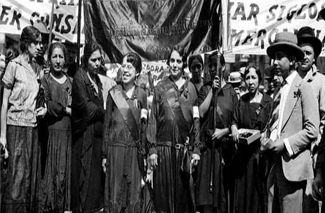 """Conoce a """"Las hijas de Cuauhtémoc"""", las feministas de la Revolución"""