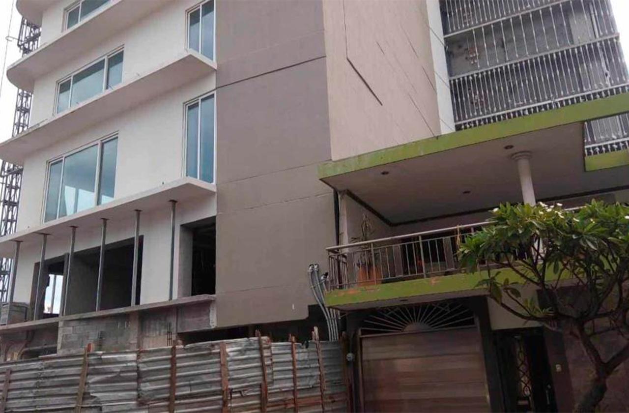 Construcción de Torre Centro causa daños en vivienda de Veracruz