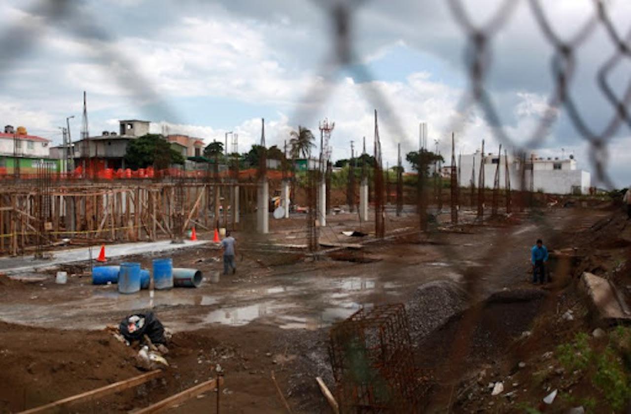 Constructoras improvisadas quedaron mal al Gobierno de Cuitláhuac