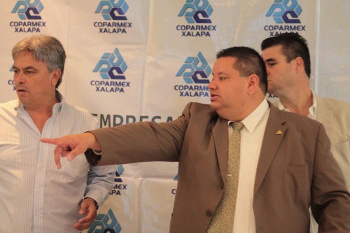 Coparmex: secretarías favorecen a foráneos, hay opacidad en licitaciones