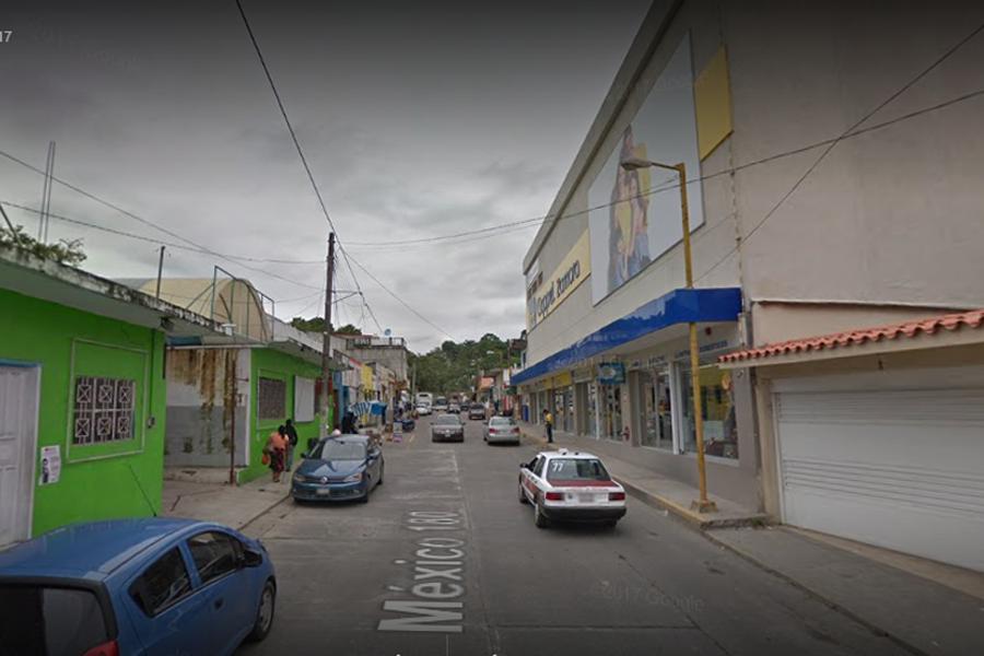 Asesinan a mujer en vía pública en Gutiérrez Zamora