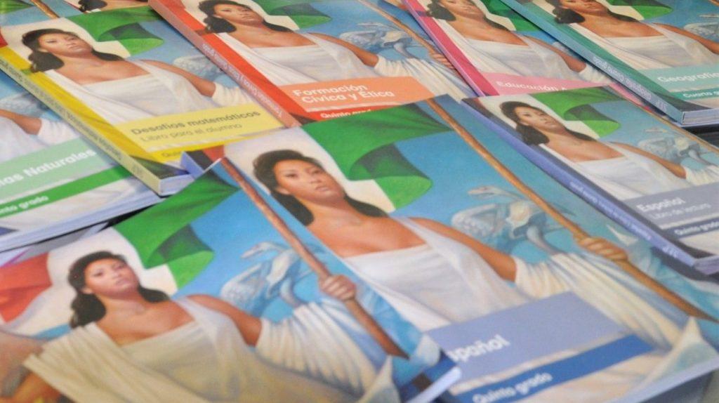 Federación aún no entrega todos los libros de texto para escuelas de Veracruz
