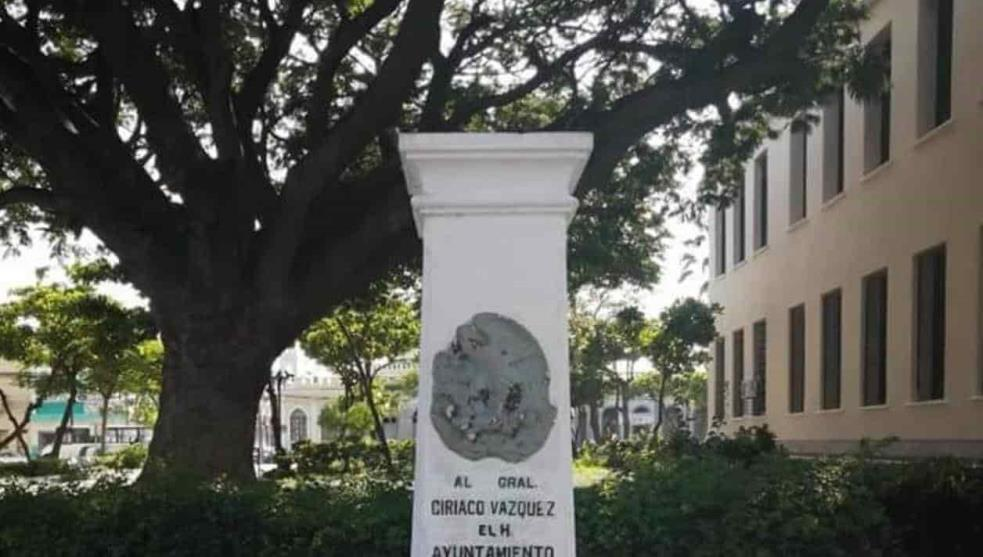Roban monumento del parque