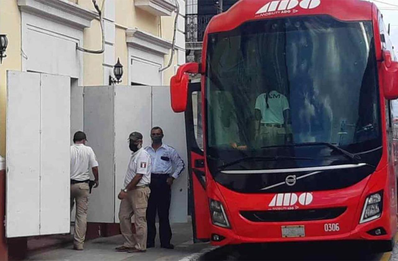 50 haitianos fueron detenidos en Veracruz, viajaban en ADO