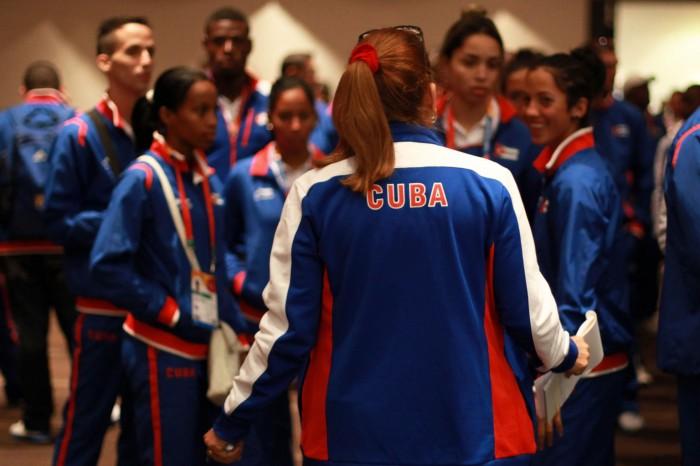 Suman ya tres deserciones de la delegación cubana