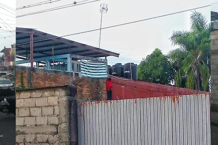 Joven se suicida frente a vecinos en Córdoba