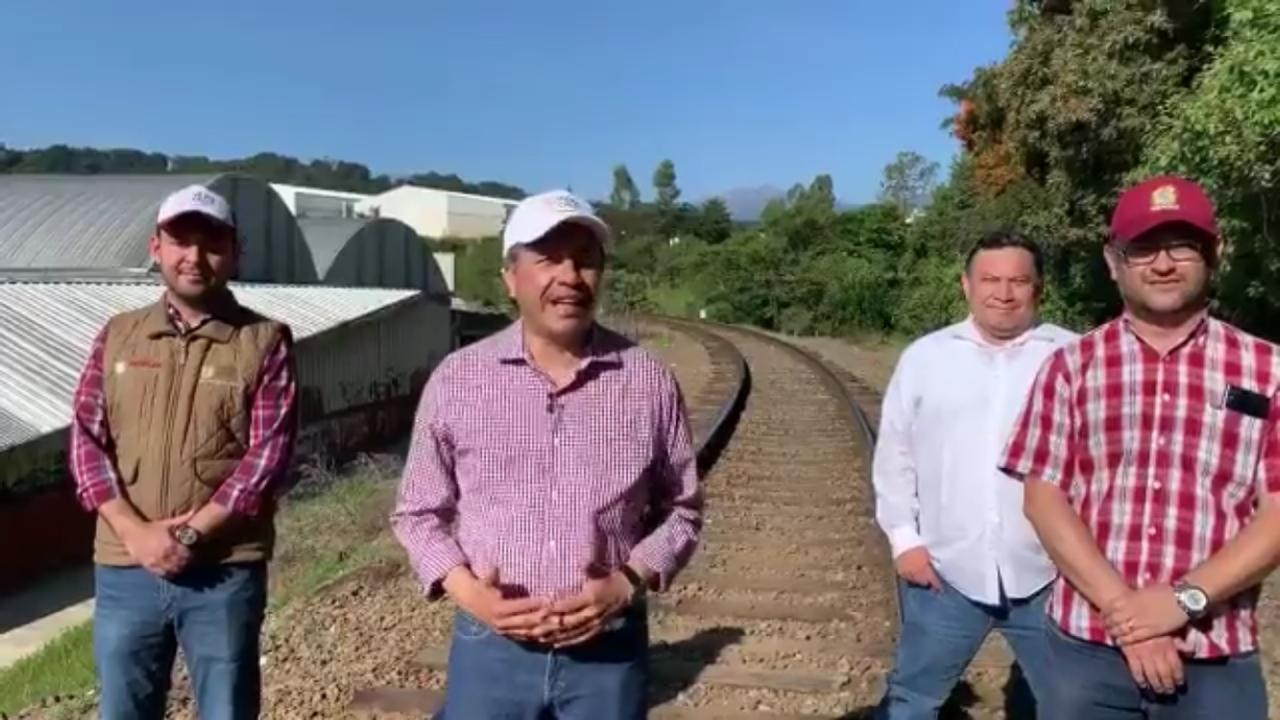 Gobernador anuncia construcción de tren ligero para Xalapa