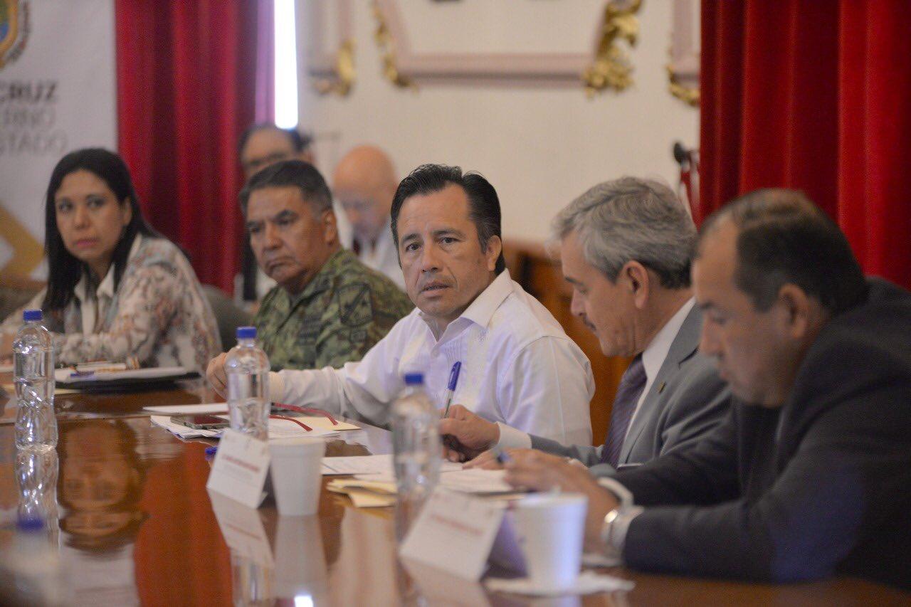 Gobierno pone ultimátum a Fiscal Jorge Winckler y lo cita
