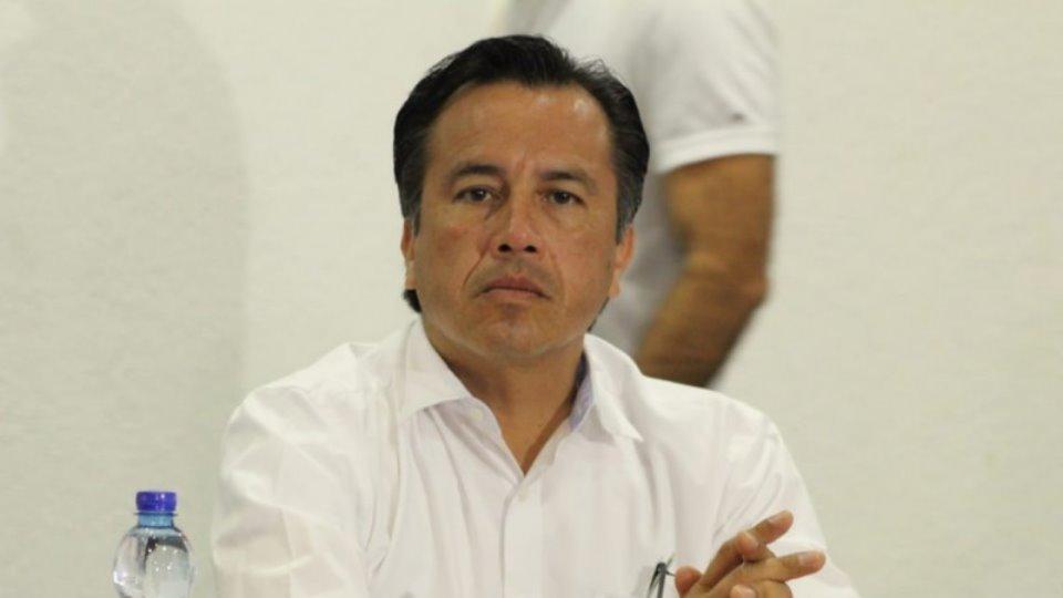 Cuitláhuac cancela cena de gala por alto costo de