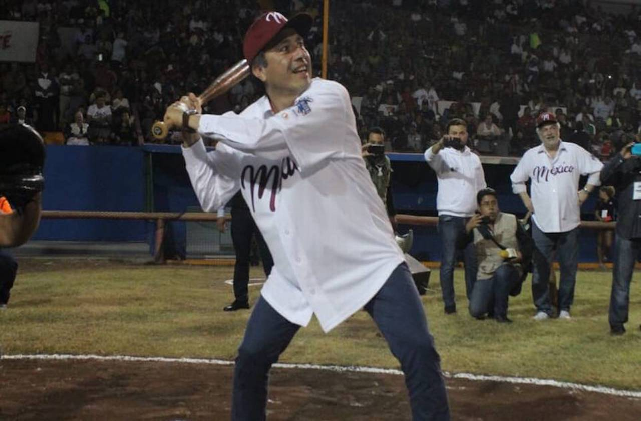 Cuitláhuac construirá escuela de beisbol infantil en Boca del Río