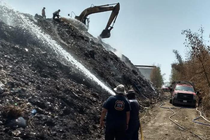 Incendio en basurero de Cuitláhuac suma 10 días, hay fuego en 2 hectáreas
