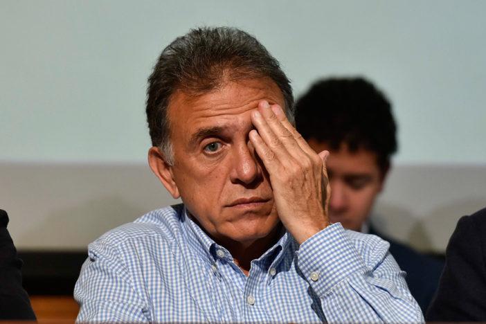 Empresarios de Coparmex reprueban a Yunes con 38.9 puntos