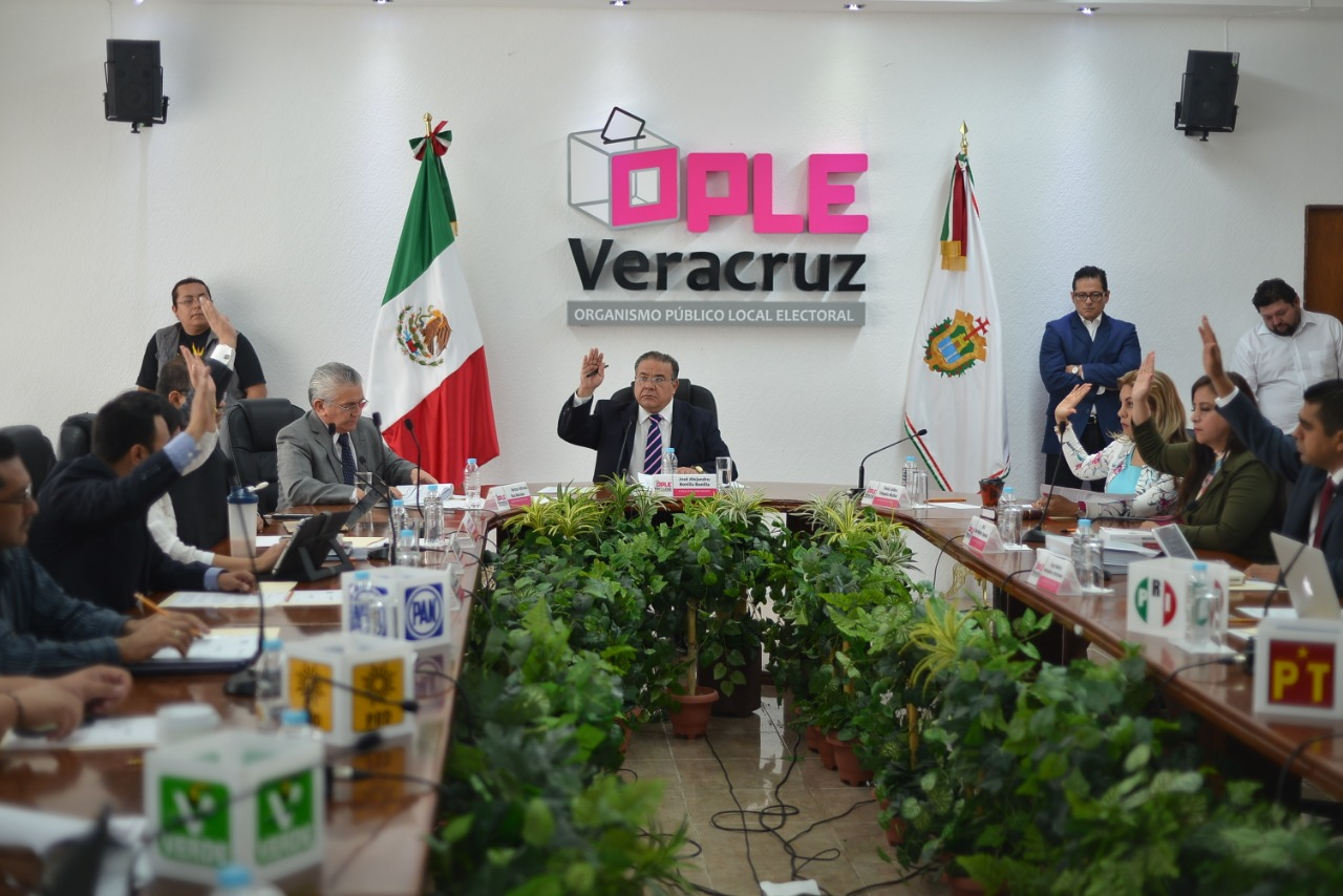 OPLE reparte diputaciones plurinominales en Veracruz
