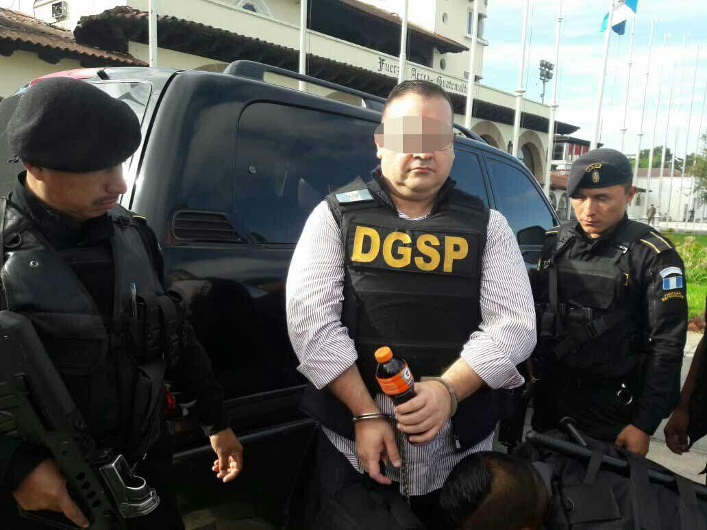 Así tuiteó la PGR el proceso de extradición de Javier Duarte a México