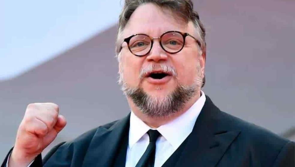 Equipo apoyado por Guillermo del Toro regresa con dos medallas de oro