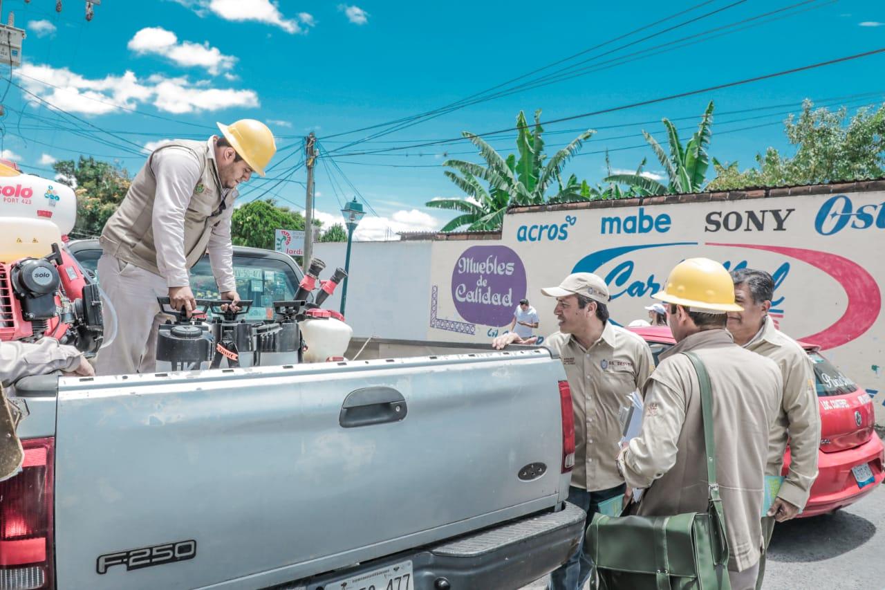 Gobierno de Veracruz despliega brigada contra el Dengue, en Coatepec