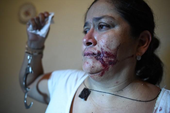 Desalojan con violencia a colonos que se manifestaban por falta de agua