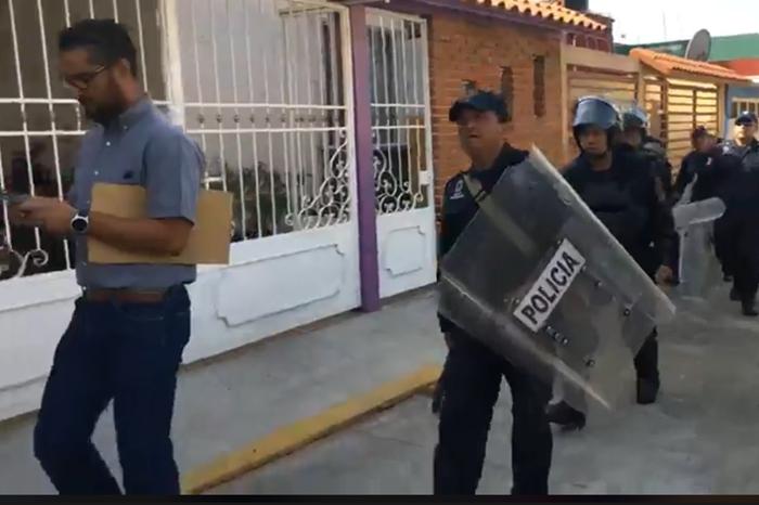 Al menos nueve detenidos en desalojo en Villas de Xalapa