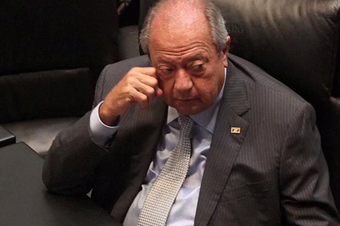 Romero Deschamps la libra... Por ahora; congelan orden de aprehensión