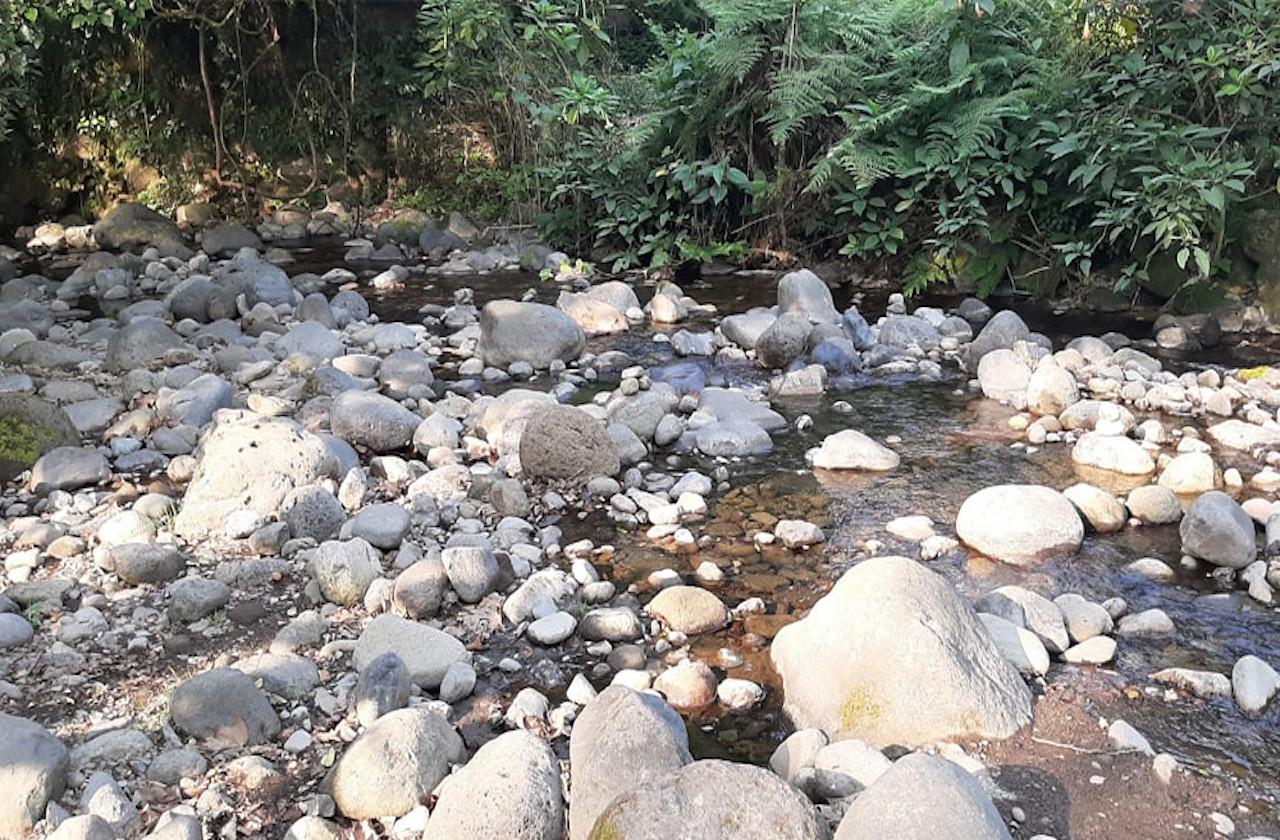 Desde Tlalnelhuayocan, advierten por sequía en río Pixquiac